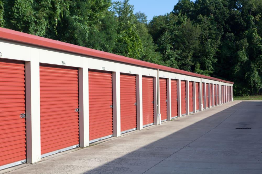 Spacious storage units at Summit Self Storage - Chapel Hill in Akron, Ohio