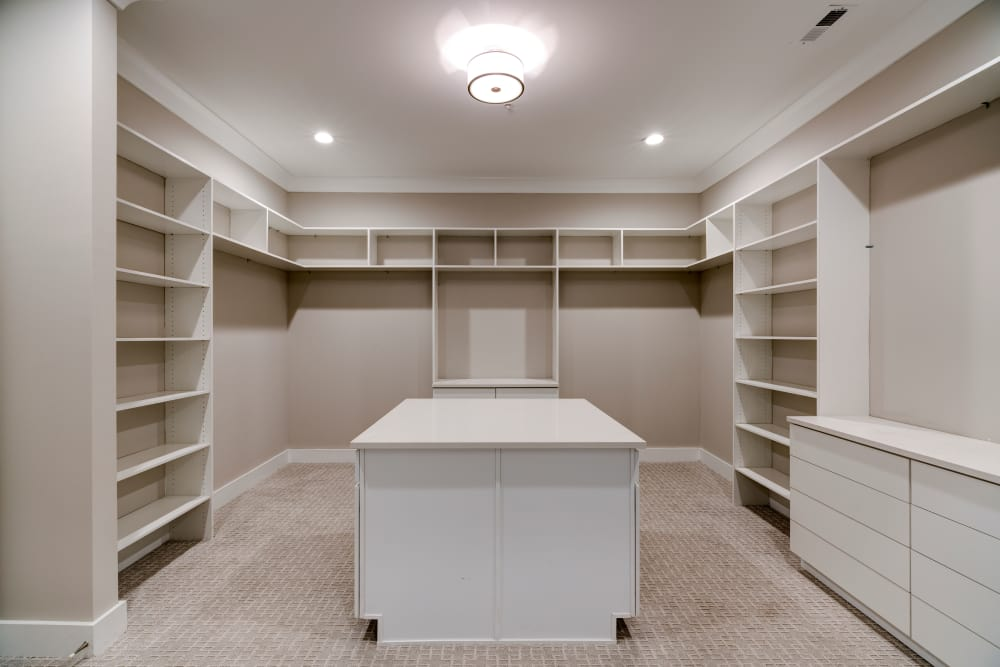 Walk-in Closets at Berkshire Dilworth in Charlotte, NC