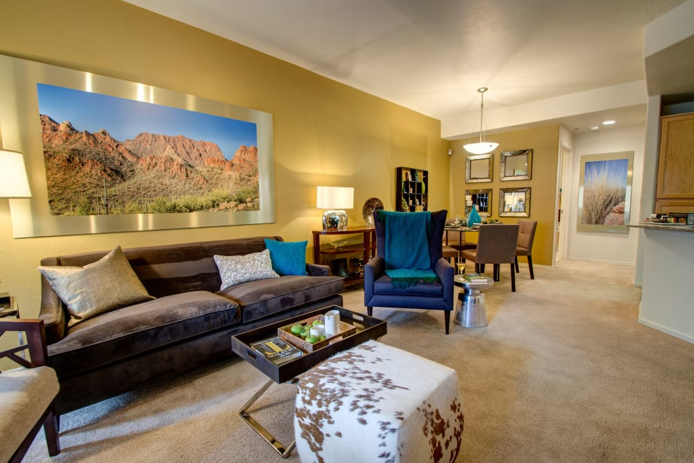 Spacious living room at The Golf Villas at Oro Valley in Tucson, Arizona