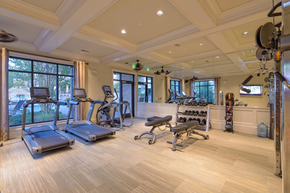 The Heights at Old Peachtree offers a fitness center in Suwanee, Georgia