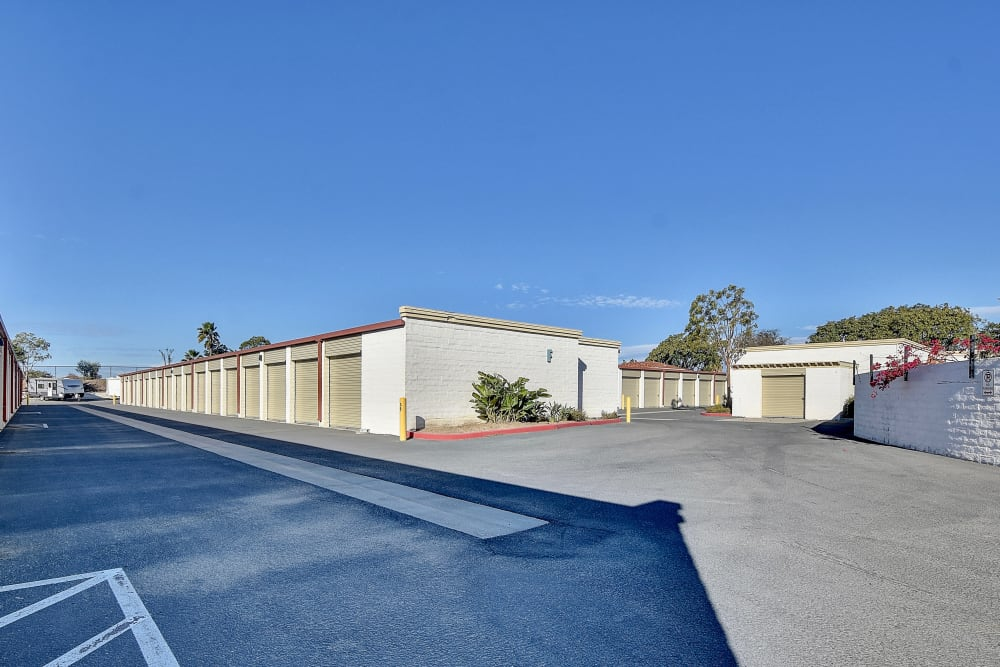 Wide driveways at My Self Storage Space in Camarillo, California