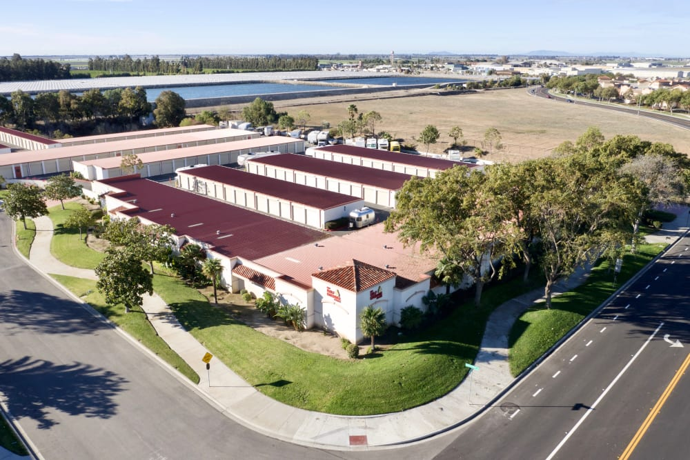 Well manicured grounds at My Self Storage Space in Camarillo, California