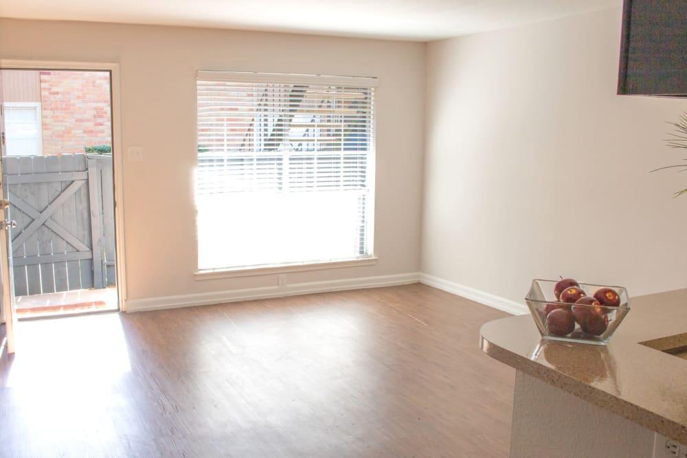 Living room at Newport Oaks Apartments in Alvin, Texas