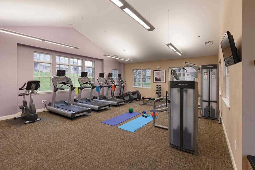 Sherry Lake Apartment Homes offers a state-of-the-art fitness center in Conshohocken, Pennsylvania