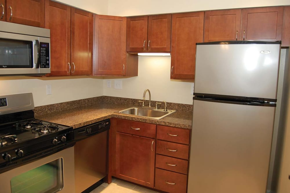 Sherry Lake Apartment Homes offers fully equipped kitchens in Conshohocken, Pennsylvania