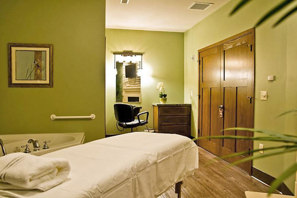 Green therapy room at American Grand in Kaukauna, Wisconsin
