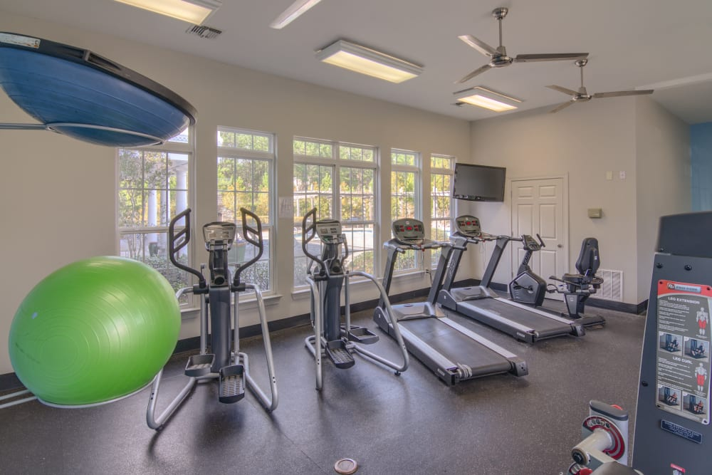 Gym and exercise equipment at Apartments at the Venue in Valley, AL