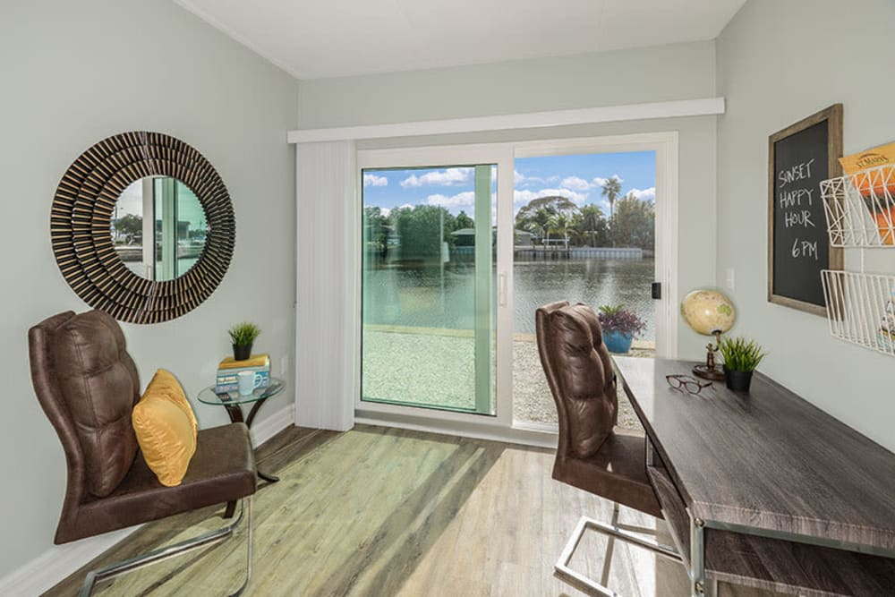 Home office in South Pasadena, Florida at Sailpointe Apartment Homes