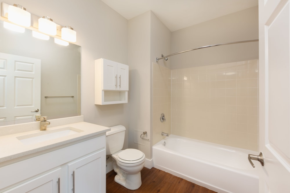 Bathroom that offers tub/shower combination at Kimball Towers at Burlington in Burlington, Massachusetts