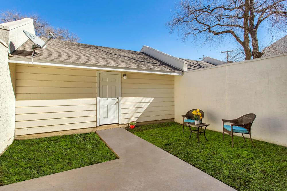 Apartments with Backyards in San Antonio, Texas