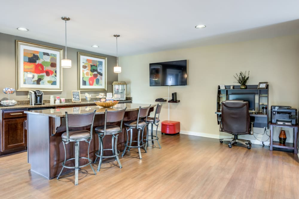 A clubhouse with bar seating at Valle Vista in Greenwood, Indiana
