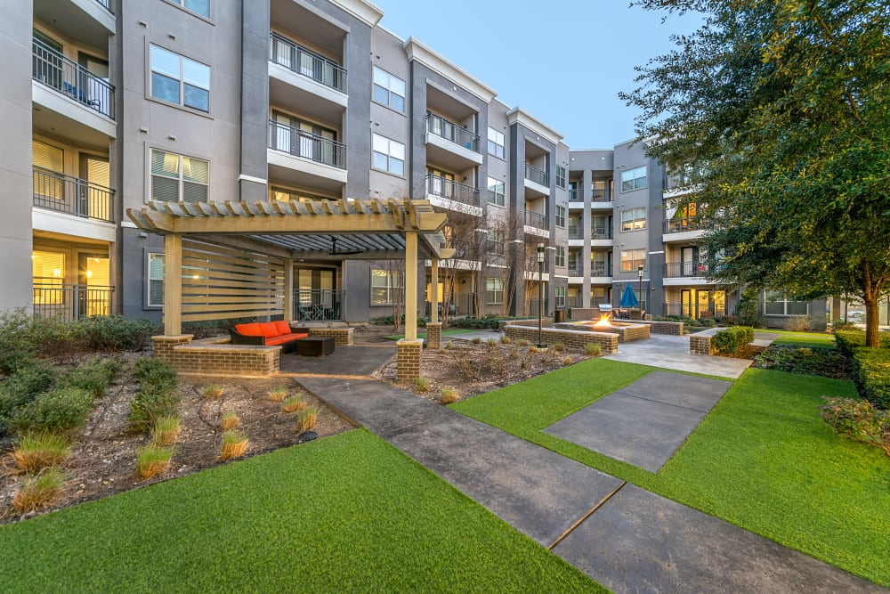 Outdoor seating at Axis at Wycliff in Dallas, Texas