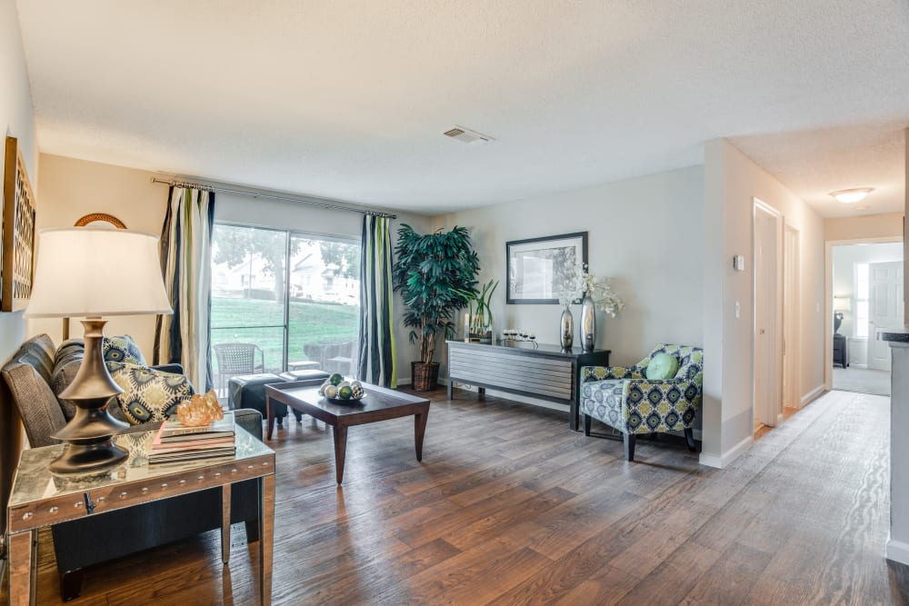 Photos Of Middletown Ridge Apartments In Middletown Ct