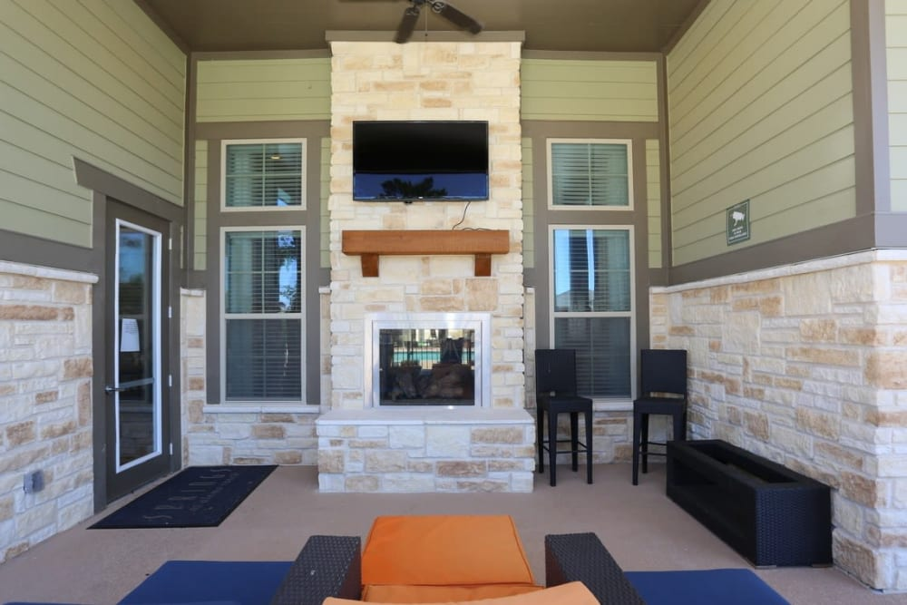 Best Amenities at Springs at Alamo Ranch Apartments