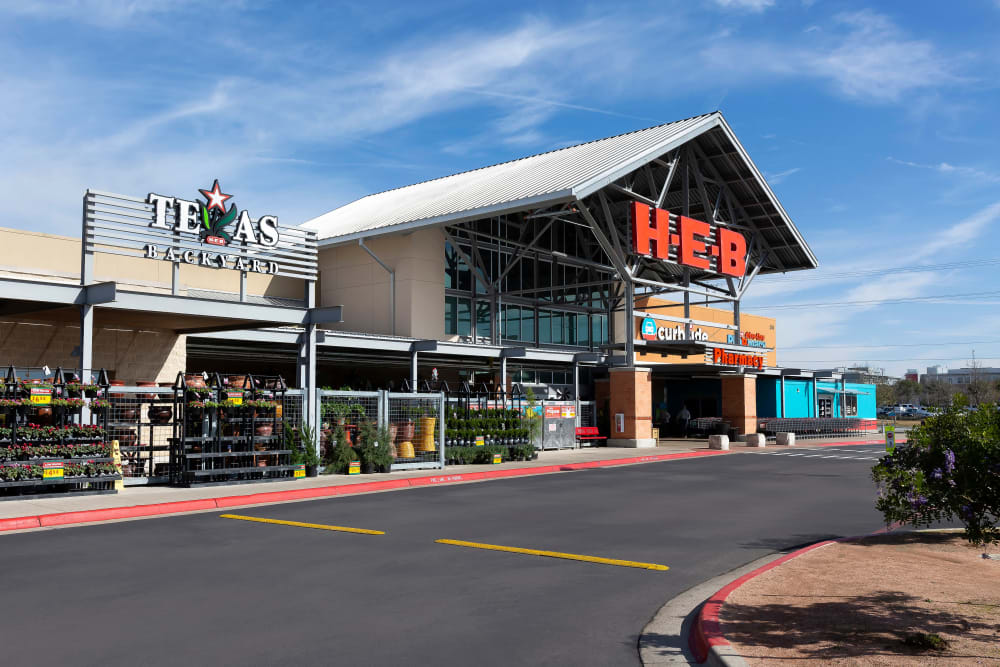 H.E.B Market and Grocery Store in Round Rock, TX