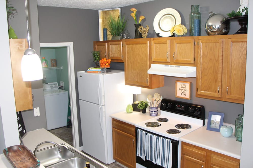 Greenwood in apartments for rent near indianapolis - 2 bedroom apartments greenwood indiana ...