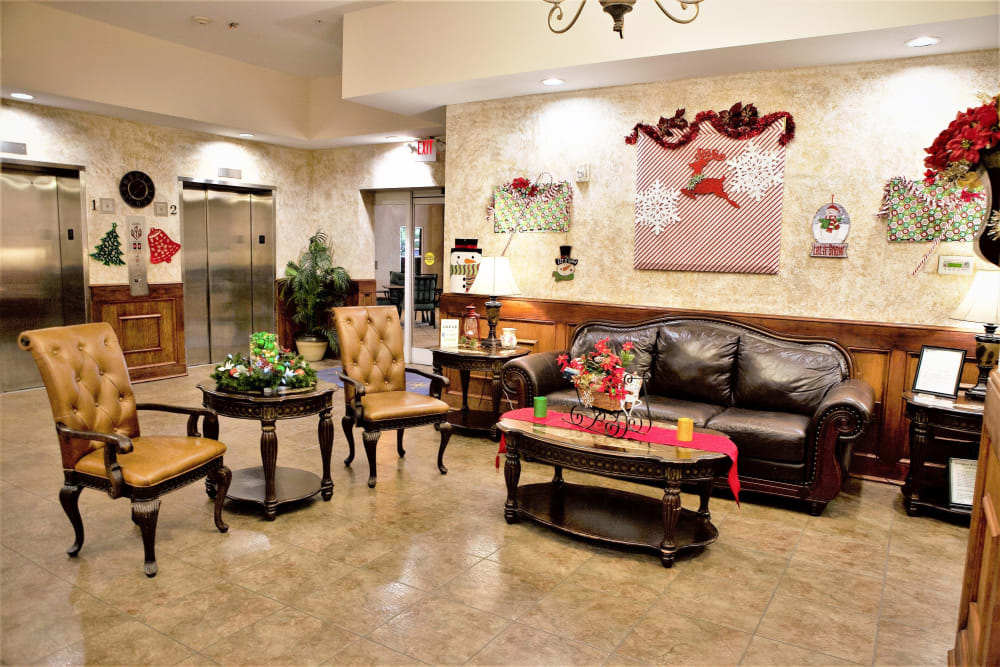 Seating in the lobby at The Grande in Brooksville, Florida