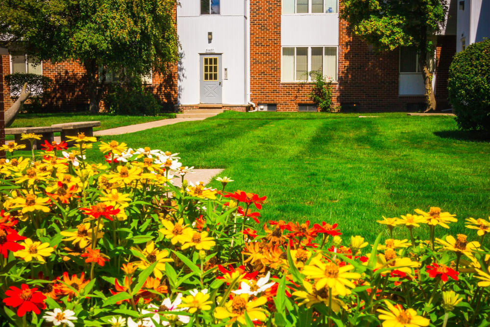 Flower beds and landscaping around Harlo Apartments in Warren, Michigan