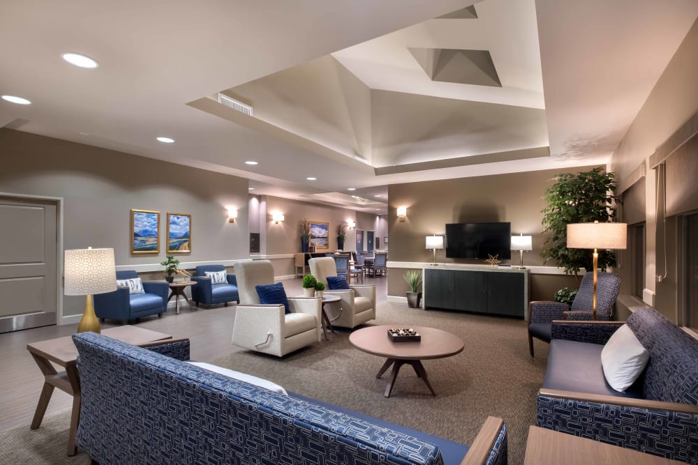 A cozy seating area at Avenir Memory Care at Surprise in Surprise, Arizona
