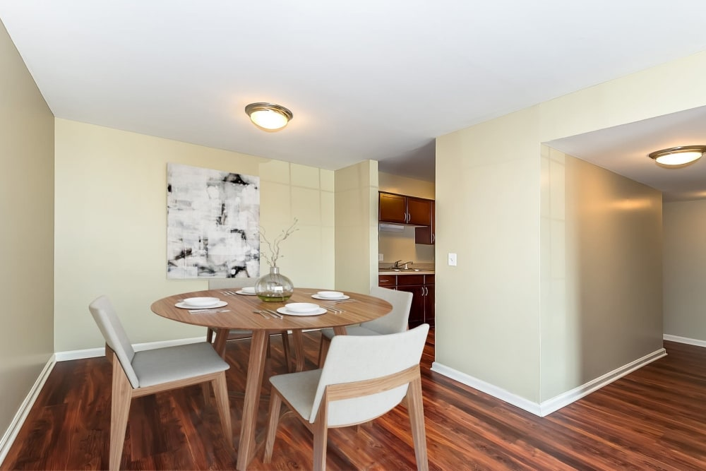 Kitchen table and chairs at Lakeside Apartments in Lisle, Illinois
