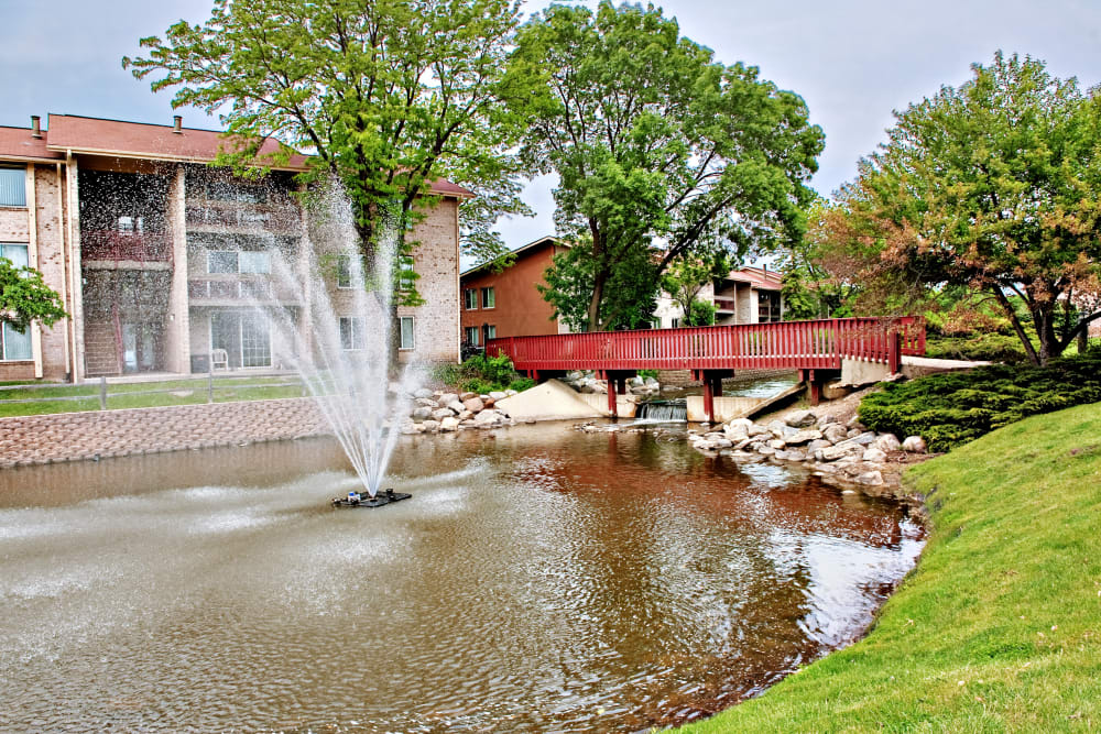 Scenic fountain outside Lakeside Apartments in Lisle, Illinois