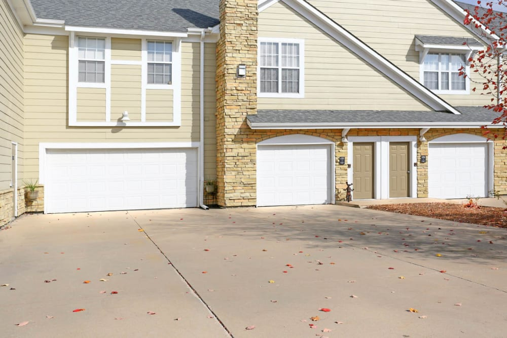 Garages available at Mansions at Hemingway in Johnston, Iowa