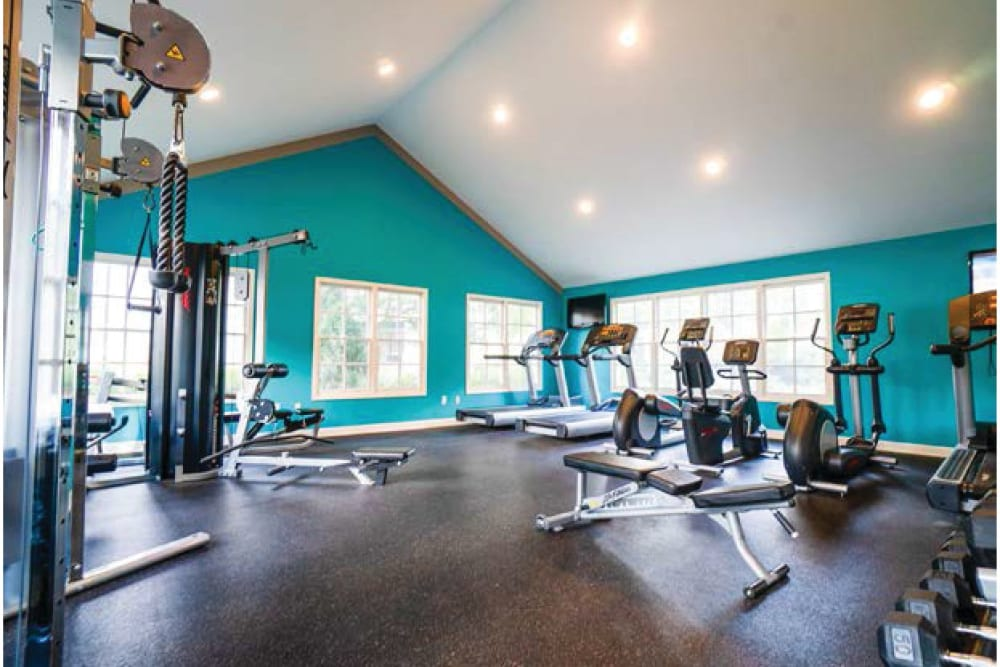 The fitness center at 865 Bellevue Apartments in Nashville, Tennessee.