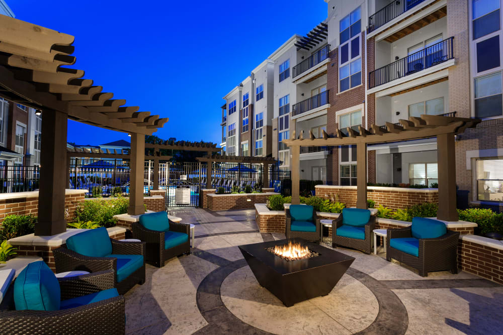 Outdoor fire-pit and community space at Element Oakwood in Dayton, Ohio