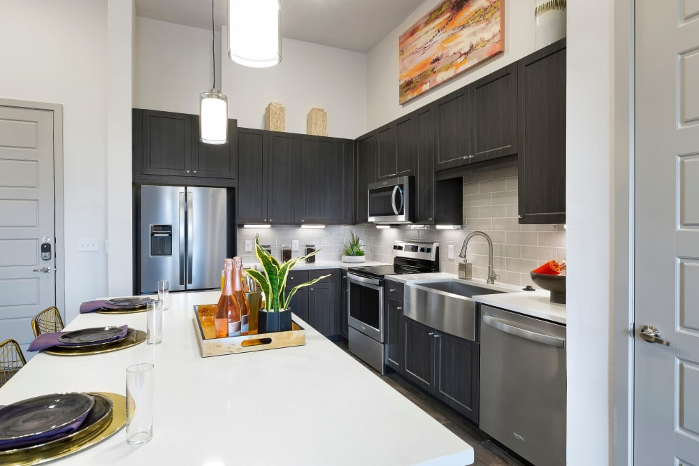Enjoy Apartments with a Kitchen at Alta Trinity Green
