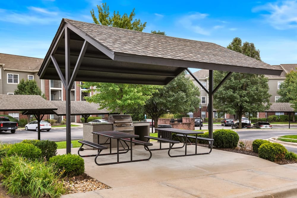 Outdoor BBQ Area at Cornerstone Apartments in Independence, Missouri