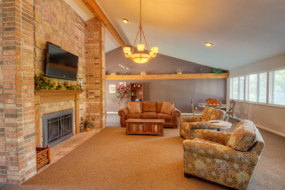 Living room at Country Ridge in Saginaw, Michigan