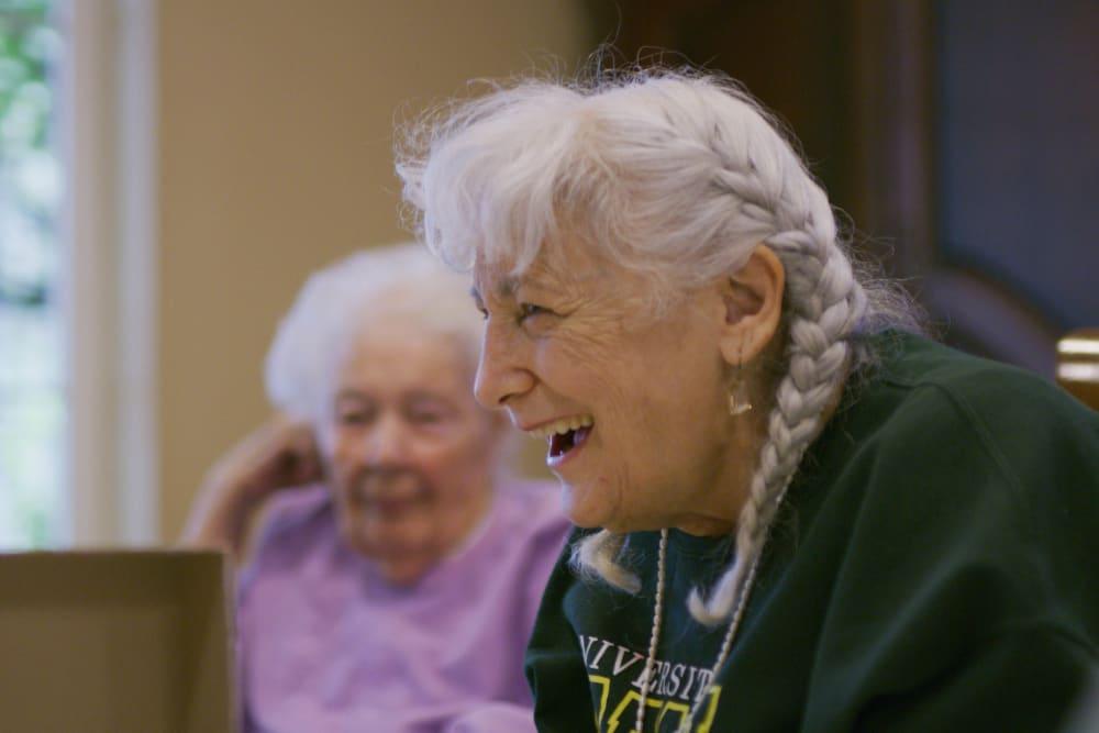 Residents talking at Sweetbriar Villa in Springfield, Oregon