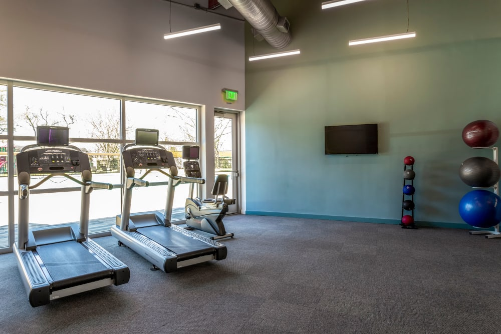 Enjoy Apartments with a Fitness Center at Villages at Parktown Apartments