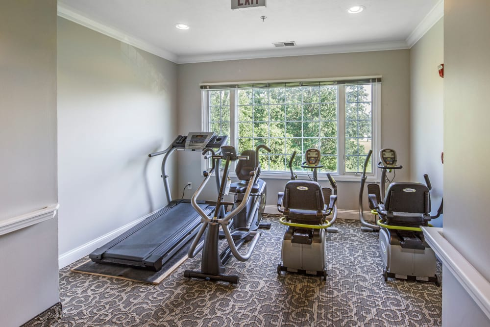 Fitness center at GreenTree at Mt. Vernon in Mt. Vernon, Illinois