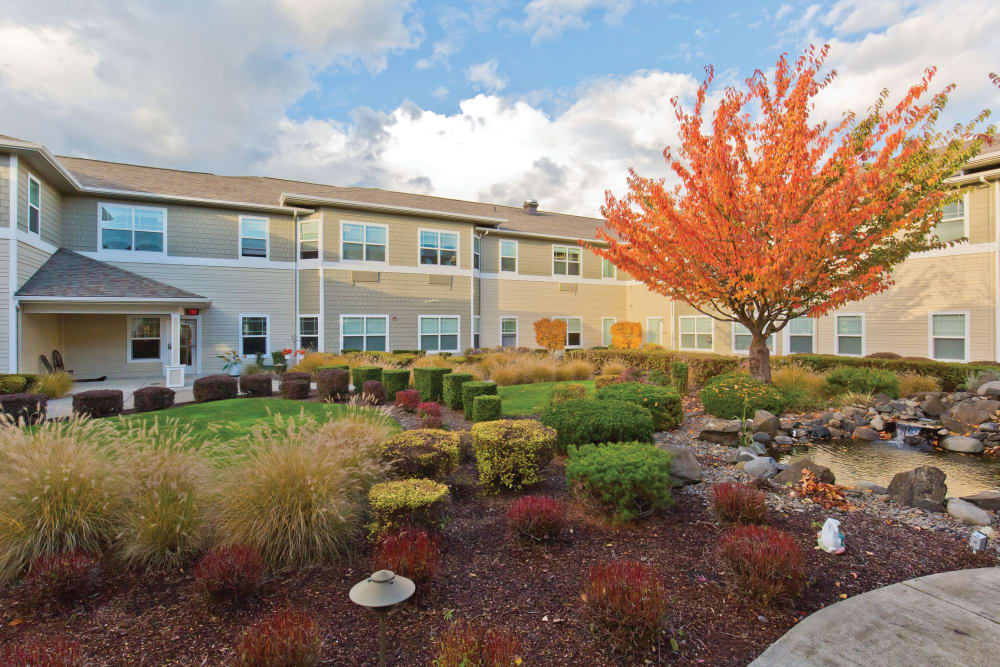 Partly cloudy day outside Meadowlark Senior Living in Lebanon, Oregon