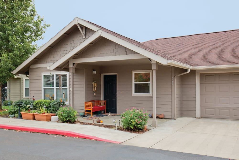 Entrance to a cottage at Heron Pointe Senior Living in Monmouth, Oregon