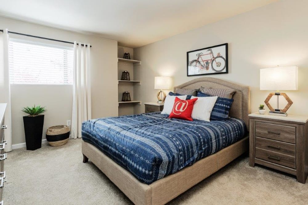 Bedroom at Lincoya Bay Apartments & Townhomes in Nashville, TN