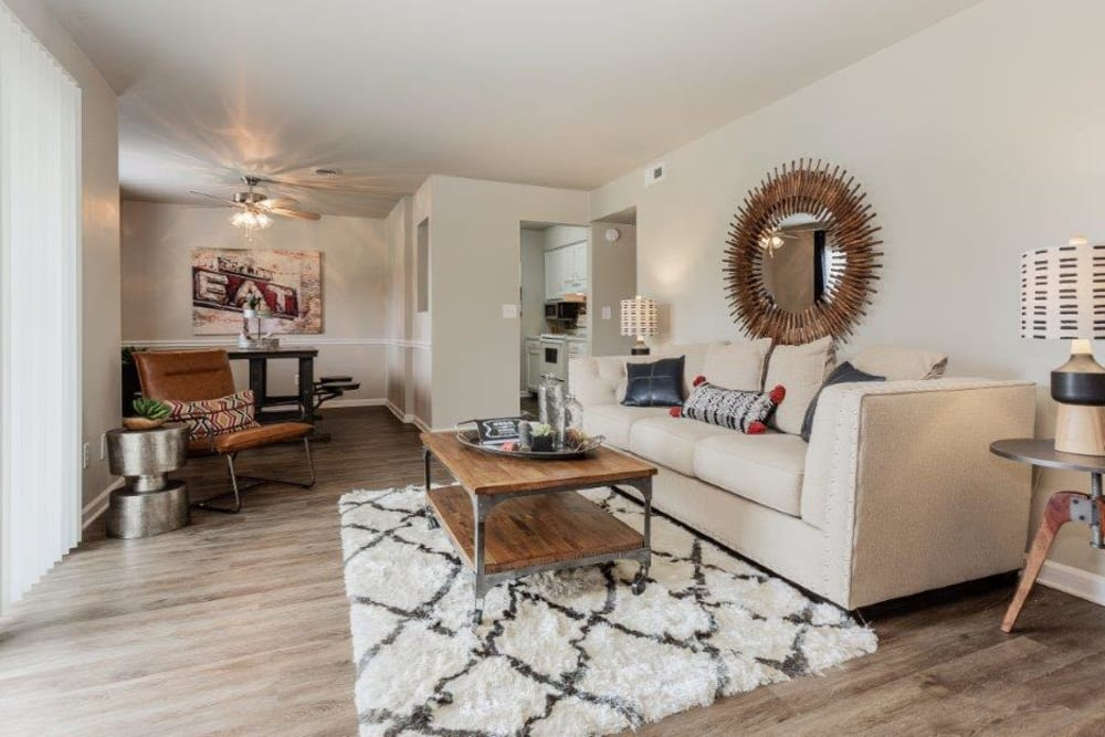 Living Room at Lincoya Bay Apartments & Townhomes in Nashville, Tennessee