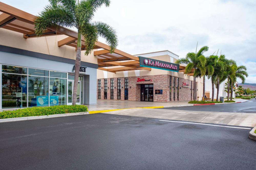Ka Makana Ali'i shopping near Kapolei Lofts in Kapolei, Hawaii
