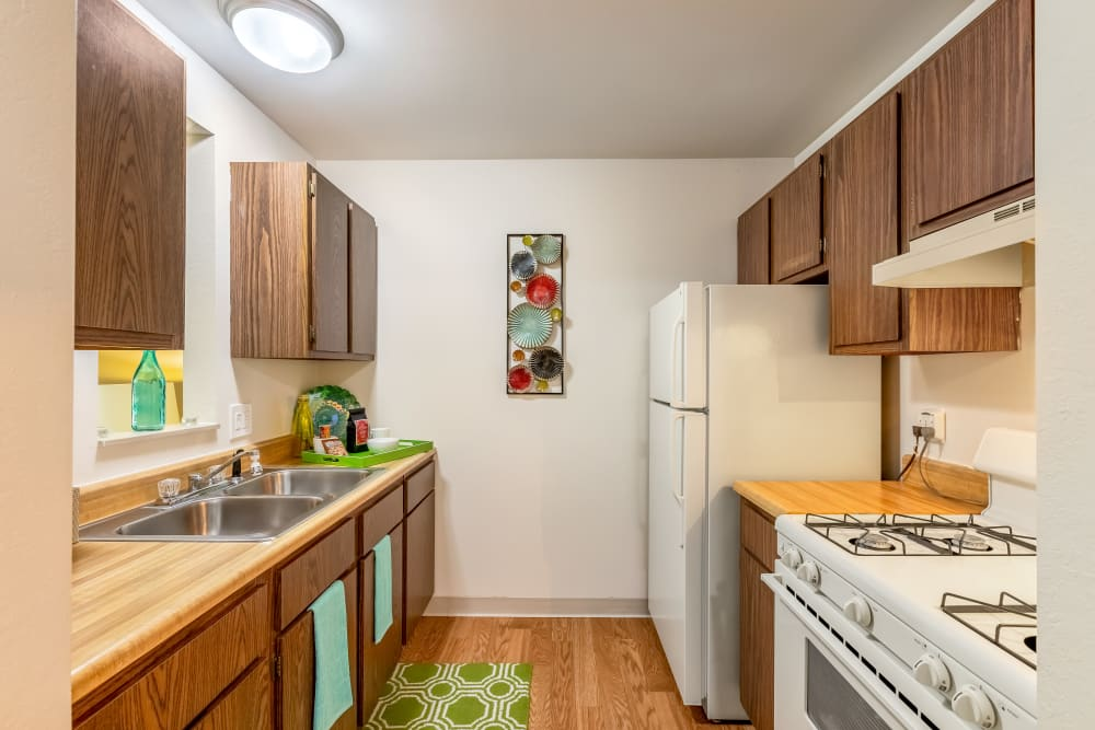 Kitchen model at Oldebrook Apartments in Wyoming, Michigan