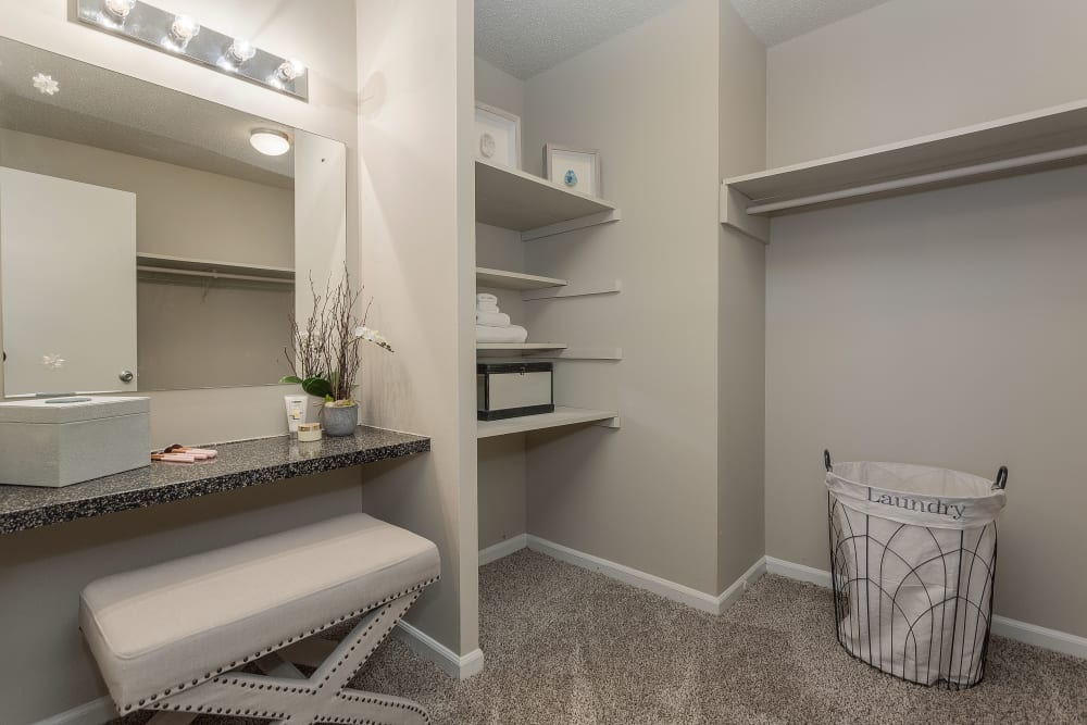 Our Apartments in Nashville, Tennessee offer Spacious Walk-in Closets