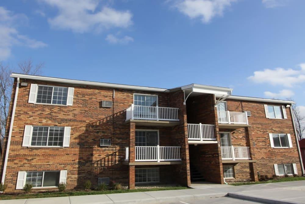 Beautiful brick exterior of Allen Creek Apartments in Burlington, Kentucky