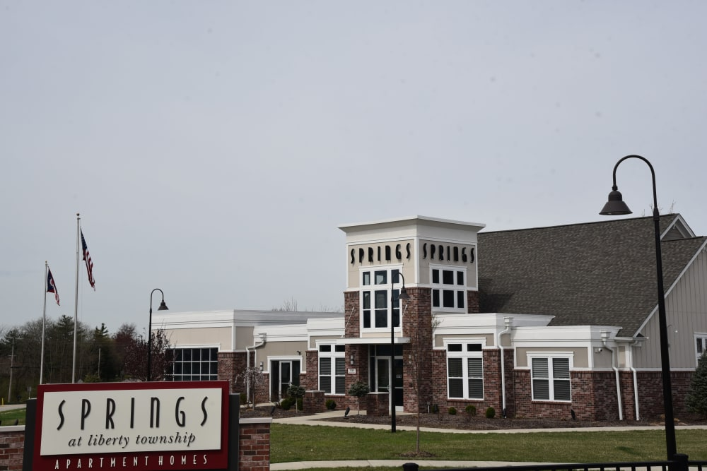 Clubhouse exterior at Springs at Liberty Township Apartments in Liberty Township