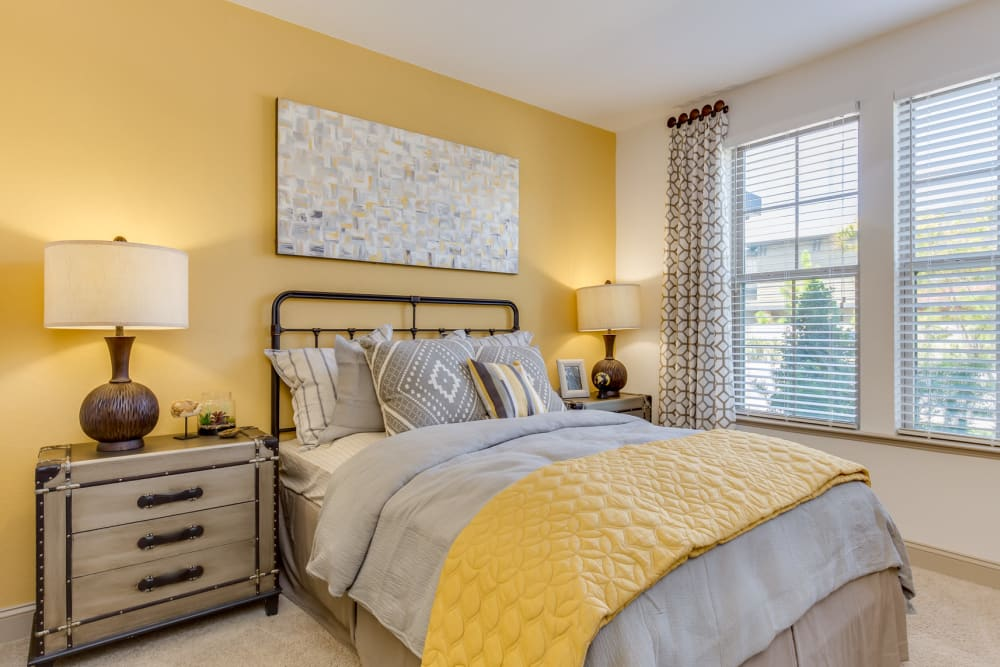 Second bedroom at The Loree in Jacksonville, Florida