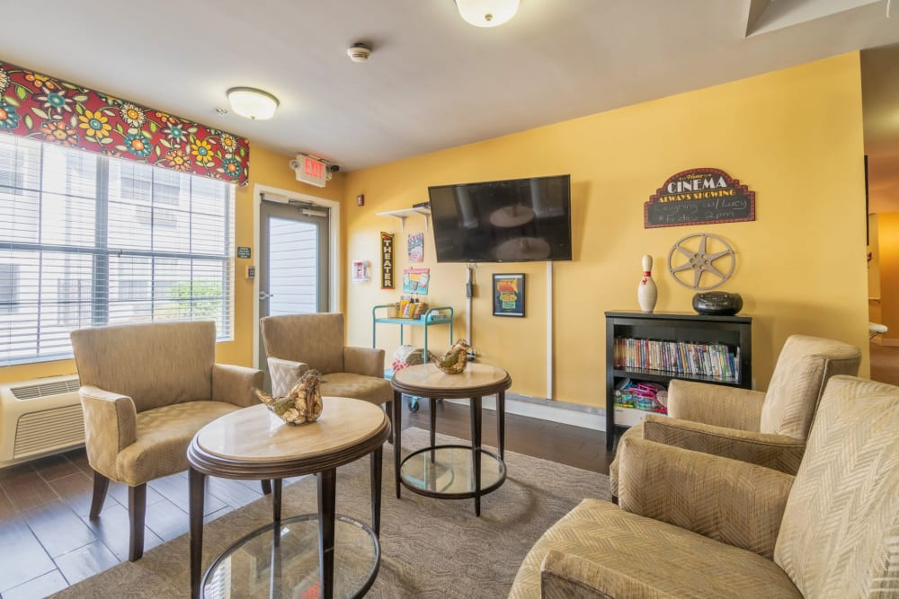 Entertainment room at Summer Breeze Senior Living