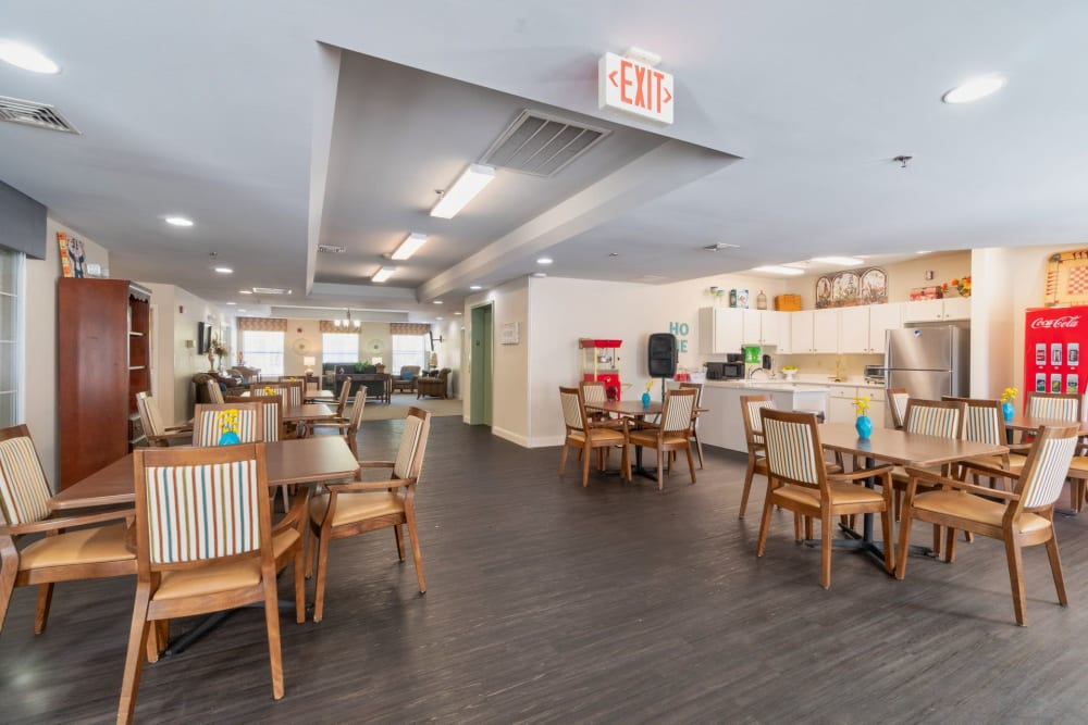 Cafeteria at Summer Breeze Senior Living