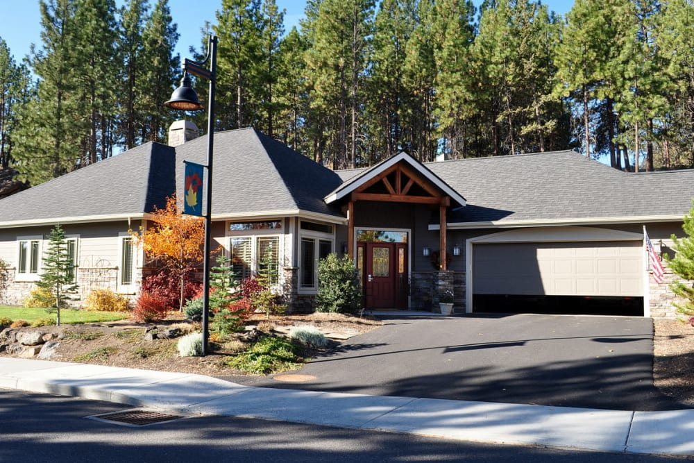 An independent living cottage at Touchmark at Mount Bachelor Village in Bend, Oregon