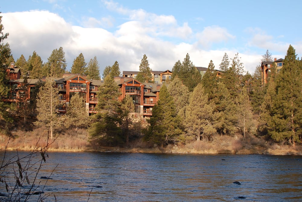 The Touchmark at Mount Bachelor Village in Bend, Oregon community by the river