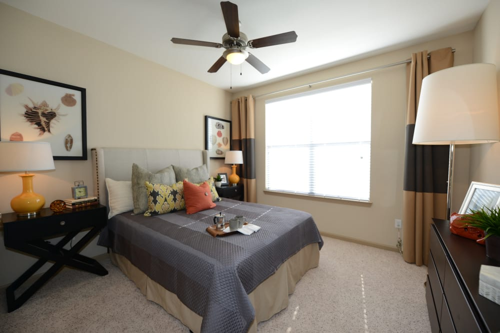 Guest bedroom at Terraces at Town Center in Jacksonville, Florida