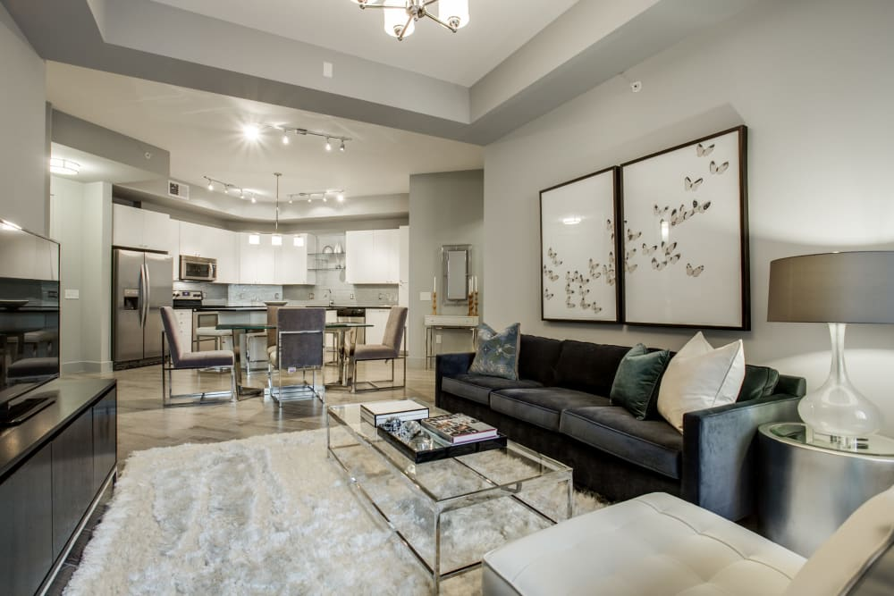 Spacious model living room at Cantabria at Turtle Creek in Dallas, Texas
